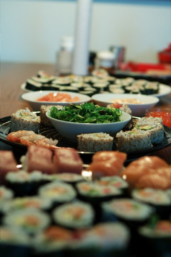 Sushi i lange baner