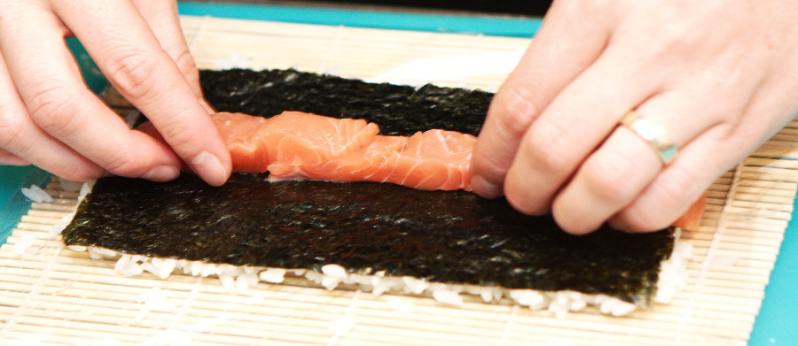 Placer fyldet i en ret linje over tanget/risene
