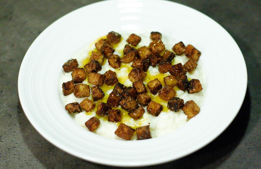 Nyfortolket risengrød med kanelsukker cruton'er og appelsin-sirup