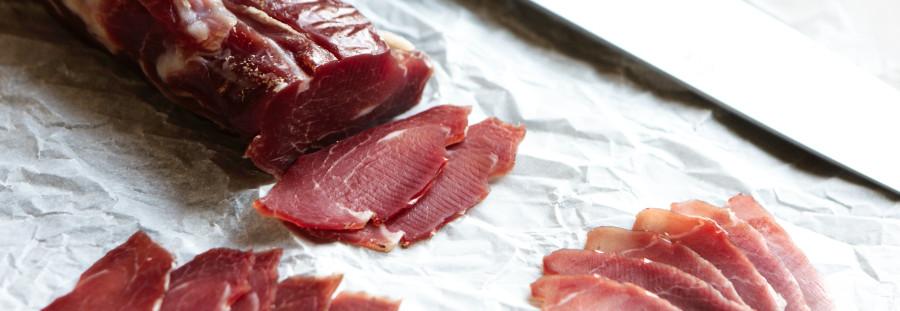 Lonzino - luftørret og saltet svinemørbrad