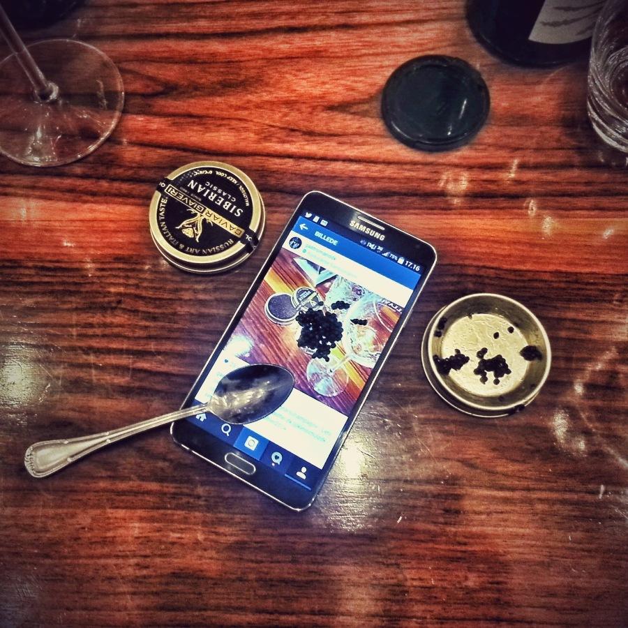 Den fedeste tallerken til kaviar er en samsung mobil