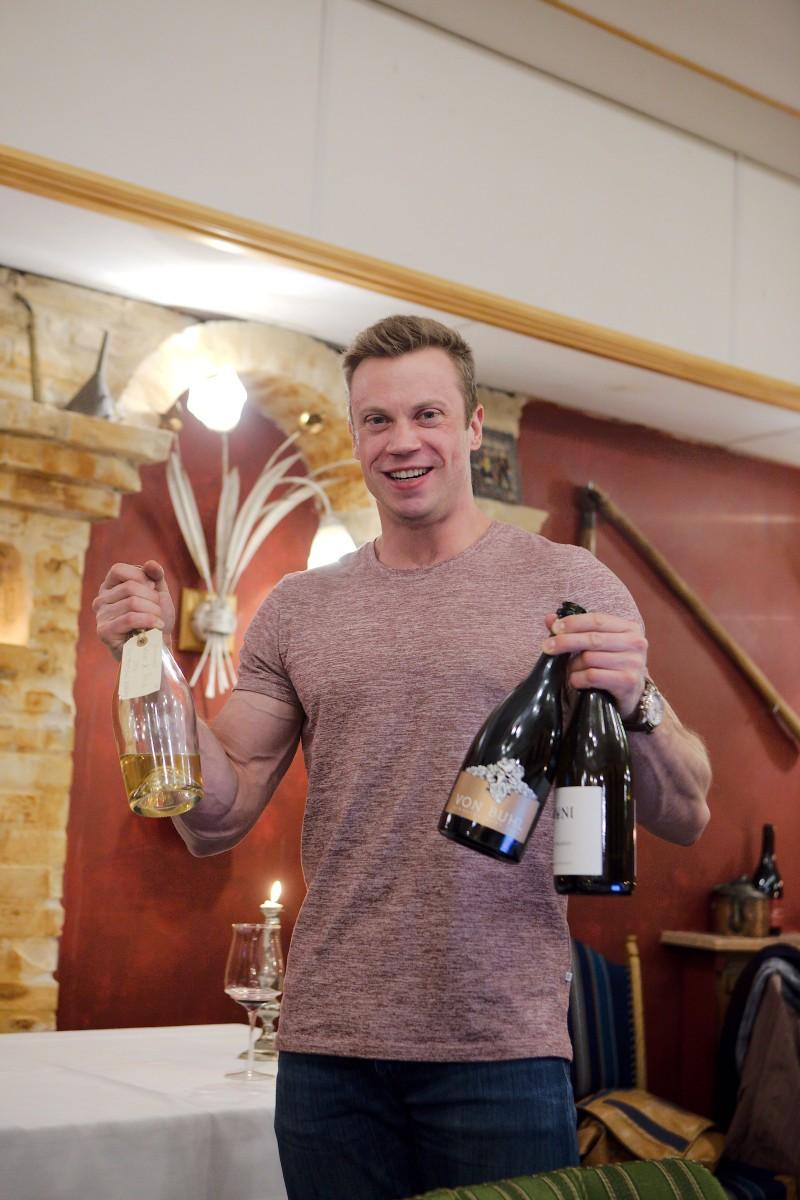 """En glad Mads """"familiefar"""" fra Gastromand fremviser top3 i kategorien bobler"""