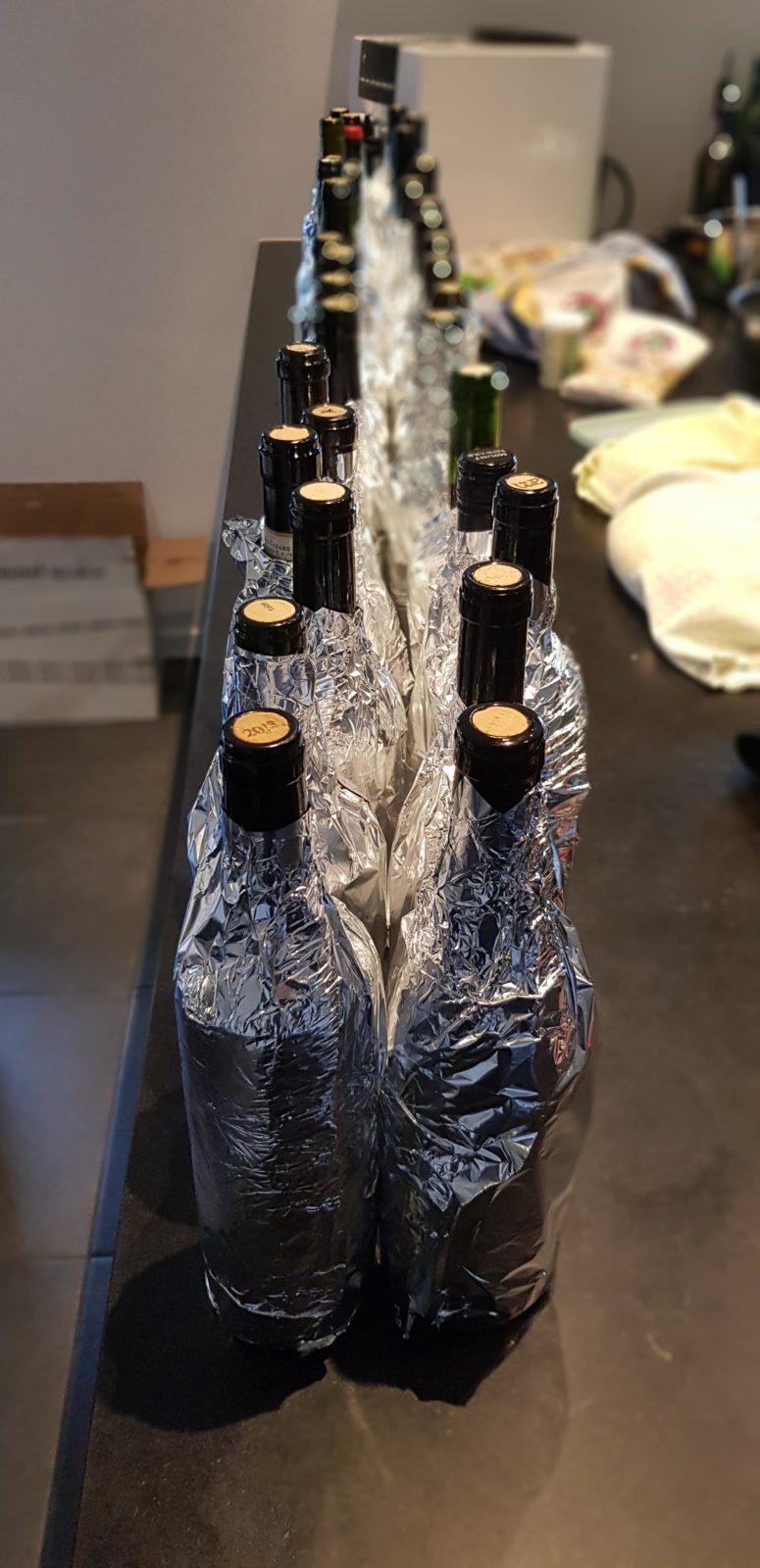 mange flasker julevin pakket til blindsmagning